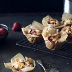 Muffiny z truskawkami, jabłkami i migdałami