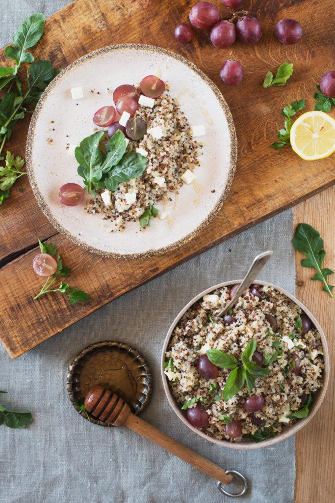 salatka-z-winogronami-i-komosa-3