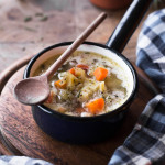 Zupa ogórkowa na żeberkach i szczypta nostalgii