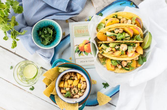 Tacos-z-brzoskwiniami-i-krewetkami