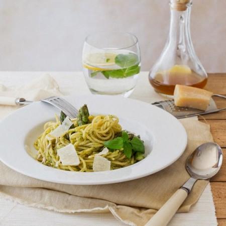 Spaghetthi z pesto szparagowym