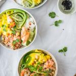 Azjatycki fusion- mango, krewetki i tatar z łososia